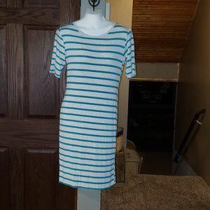CUTE!! LuLaRoe Striped T-Shirt Dress Medium